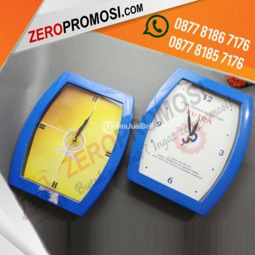 Jam Dinding Promosi Tipe 1728H Bahan Plastik - Tangerang