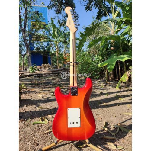 Gitar Listrik Fender Stratocaster High Quality Second Like New - Gresik