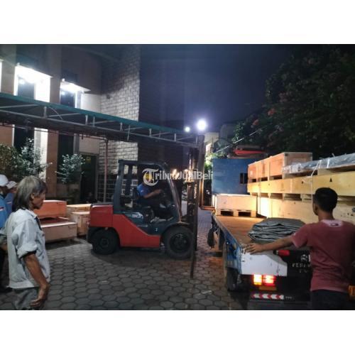 Sewa Rental Forklift Lebak Bulus,Cikoko, Cilandak,  Pejaten 24 jam - Jakarta Selatan
