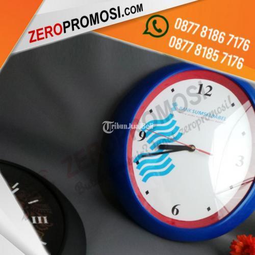 Produksi Souvenir Eksklusif Jam Dinding Bentuk Oval Custom Termurah - Tangerang