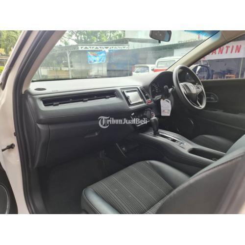 Mobil Honda HR-V Tipe E AT 2015 Putih Bekas Tangan 1 Terawat - Solo