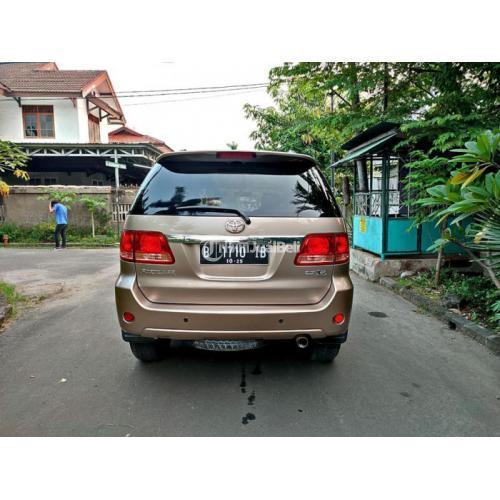 Mobil Toyota Fortuner G Lux AT 2.7 2005 Bekas Surat Lengkap Pajak Panjang - Jakarta