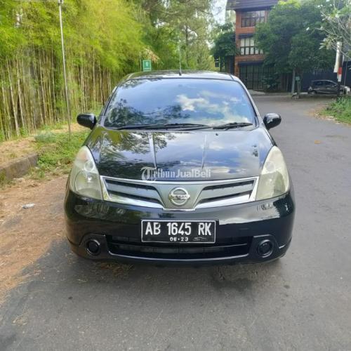 Mobil Nissan Livina SV 2013 Matic Warna Hitam Bekas Bisa Kredit - Sleman