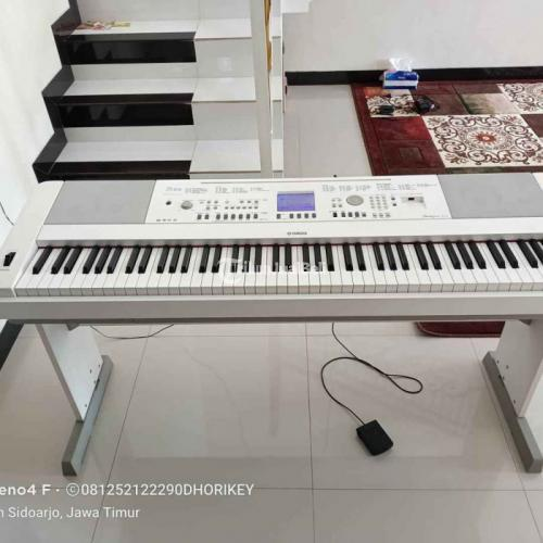Keyboard Yamaha DGX 650 Warna Putih Bekas Like New Nominus - Sidoarjo
