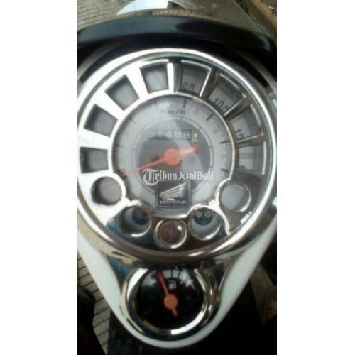 Motor Honda scoopy 110 2010 Bekas Full Orisinil Body Mulus Terawat - Bandung