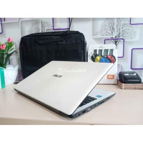 Laptop Asus X553M Ram 4GB Windows 10 Bekas Baterai Awet - Yogyakarta