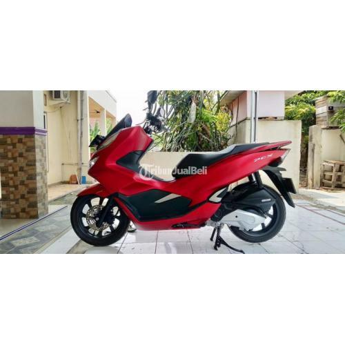 Motor Honda PCX ABS 150cc 2019 Bekas KM Rendah Lengkap Pajak Panjang - Karawang