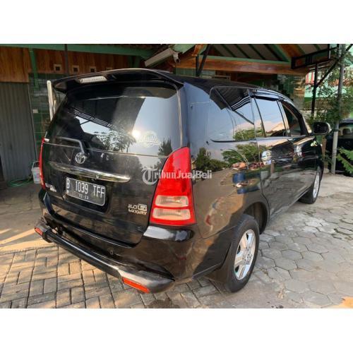 Mobil Toyota Kijang Innova 2.0 AT 2008 Bkas Terawat Mesin Halus - Semarang