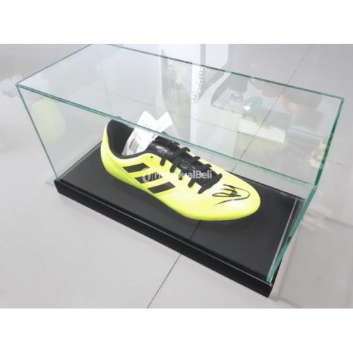 Sepatu Bola Tanda Tangan Kevin De Bruyne KDB001 New Bekas Dengan Kotak Kaca Mewah - Jakarata Pusat
