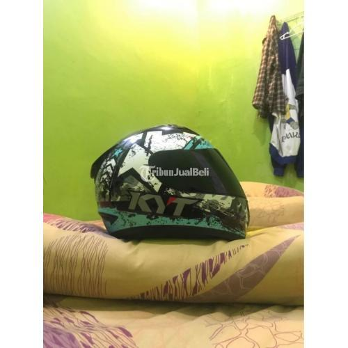 Helm Full Face KYT R-10 (Aqua Blue) Ukuran M Bekas Busa Tebal Visor Mulus - Makassar