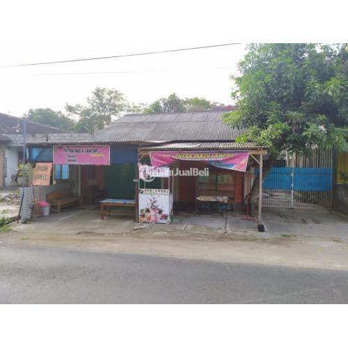 Dijual Rumah 2 Lantai,BONUS 2 KIOS(depan). Dekat SMPN 2 MANISRENGGO- Klaten