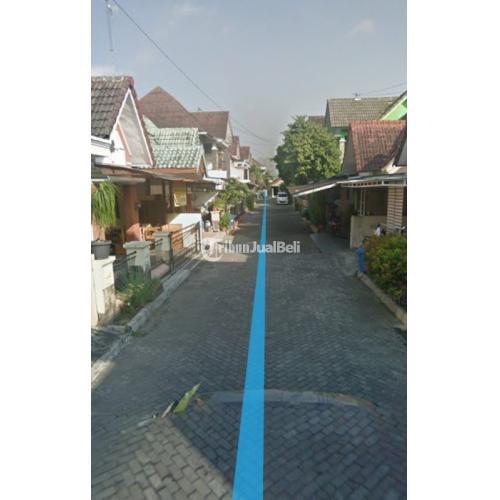 Dijual RUMAH 2 LANTAI samping POLDA Yogyakarta. Perumahan, satpam 24Jam.Mobil Papasan - Sleman