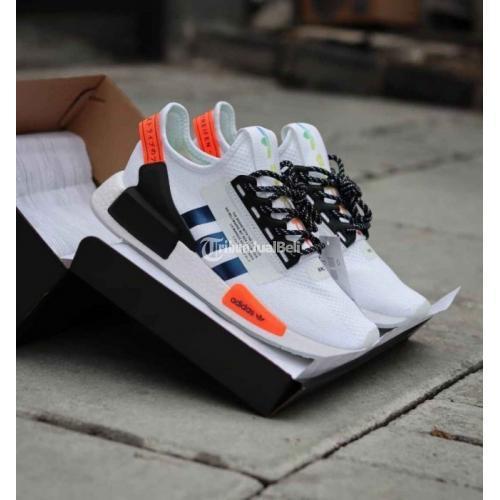 Sepatu Nmd R1 Solar Red Size 39-45 Baru BNIB Harga Murah - Surabaya