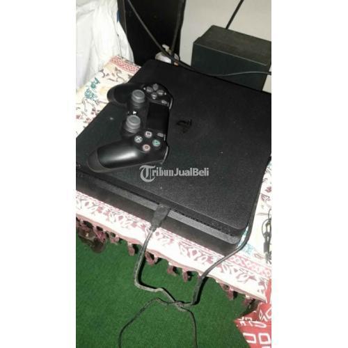 Konsol Game Sony PS4 Slim 500GB Bekas Like New Lengkap Harga Nego - Klaten