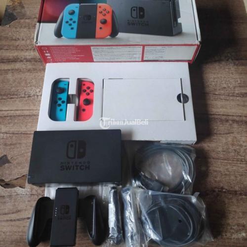 Konsol Game Nintendo Switch 32GB V1 Fullset Original Bekas Mulus - Bandung