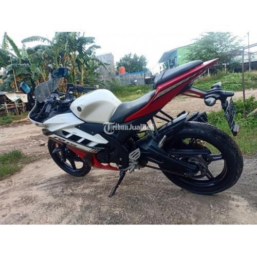 Motor Yamaha R15 2016 Bekas Orisinil Mulus Surat Lengkap Normal - Makassar