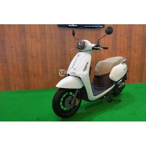 Motor Matik Beneli Panarea 125 2021 Desain Klasik Fuel OInjection Baru - Surabaya