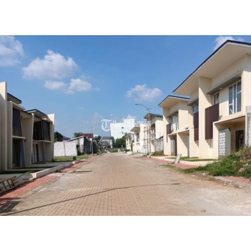 Dijual Rumah  Nyaman & Asri di pinggir jalan raya Bogor-Jakarta - Depok