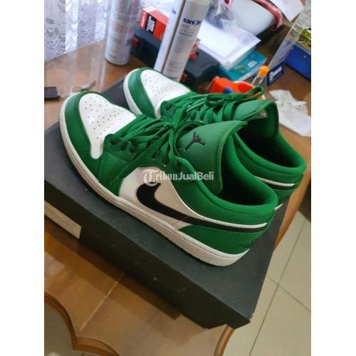 Sepatu Sneakers Nike Air Jordan 1 Pine Green Size 45 Second Original - Surabaya