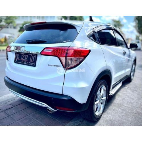 Mobil Honda HR-V E CTV AT 2015 Putih Bekas Pajak Baru Bisa Kredit - Badung