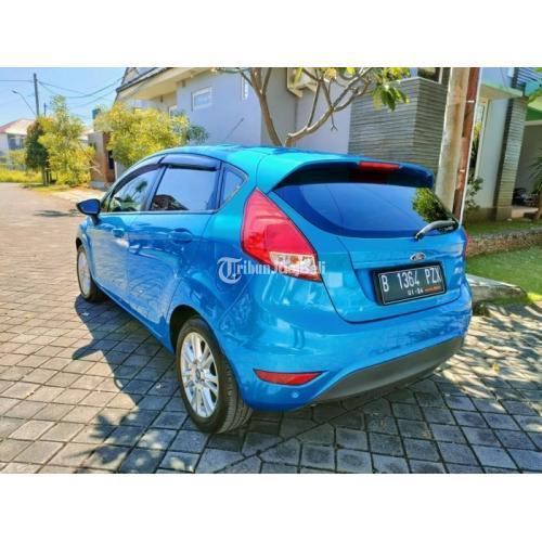 Mobil Ford Fiesta 1.5L Facelift Matic 2013 Bekas Tangan1 Mulus No PR - Kendal