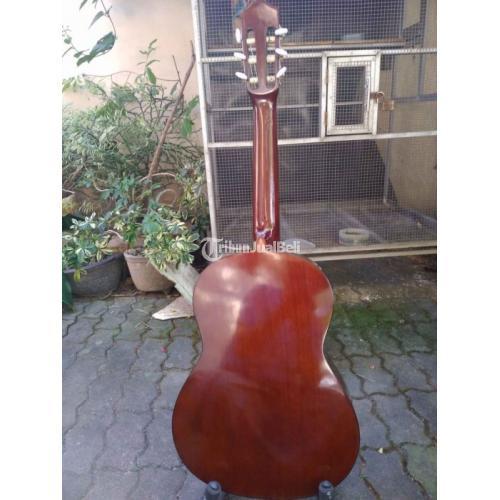 Gitar Yamaha Original Second Mulus Seti CS40 Ukuran 3/4 Classic Nilon - Solo