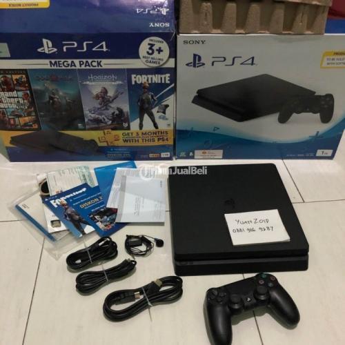 Konsol Game Sony PS4 Slim CUH 2218b 1TB Original Segel Void Bekas - Surabaya