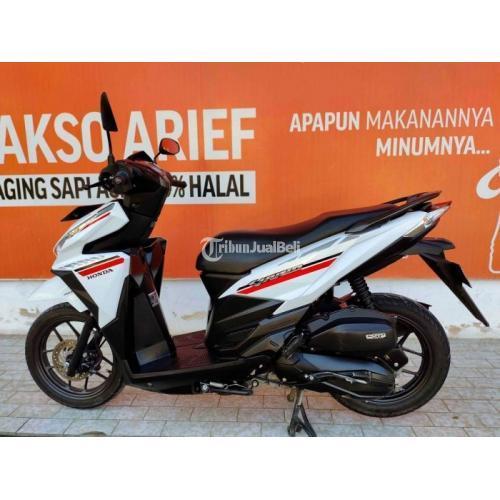 Motor Honda Vario 125cc 2018 Warna Putih Hitam Bekas Mulus Terawat - Batu