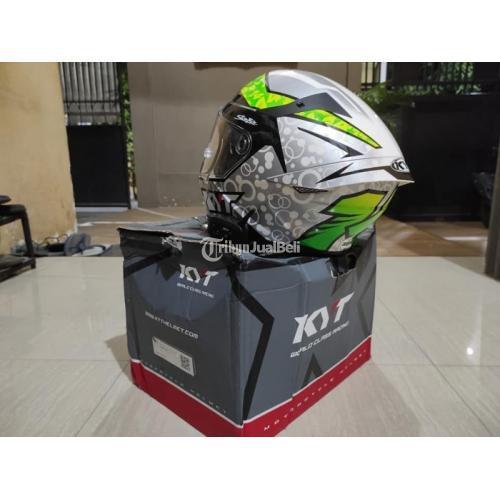 Helm KYT TTC Arbolino Size L Bekas Mulus Nominus Harga Nego - Surabaya