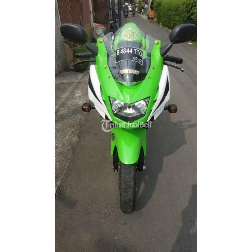 Motor Kawasaki Ninja RR New SE 2014 Bekas Mesin Standar Pajak Panjang - Jakarta