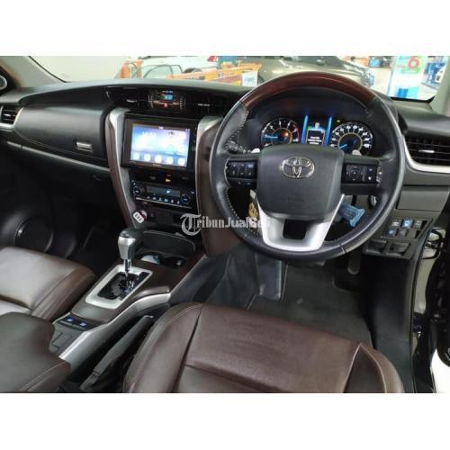 Mobil Toyota Fortuner 2016 Hitam Bekas Kondisi Normal Harga Nego - Surabaya