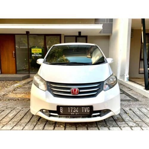 Mobil Honda Freed PSD 2011 Bekas Terawat Pajak On Siap Pakai - Bekasi