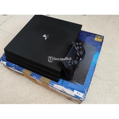 Konsol Game Sony PS 4 Pro CUH 7106B 1 TB Bekas Normal - Surabaya