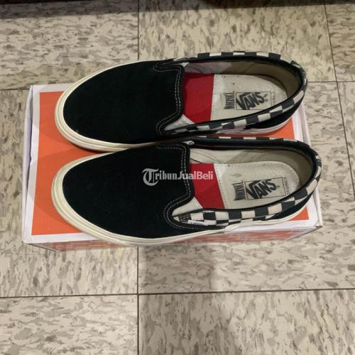 Sepatu Vans Vault Slip On x Modernica Black Us 6,5 Eur 38,5 Second Like New - Bandung