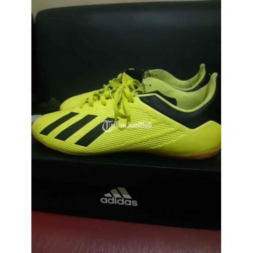 Sepatu Futsal Adidas X Tango 18.4 IN Size 43 1/2 Original Bekas Like New - Solo