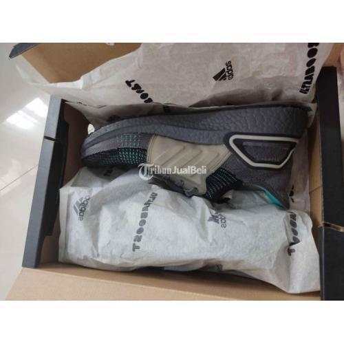 Sepatu Adidas Ultraboost 19 Preloved Size 43 1/3 Ultra Boost Like New - Jakarta