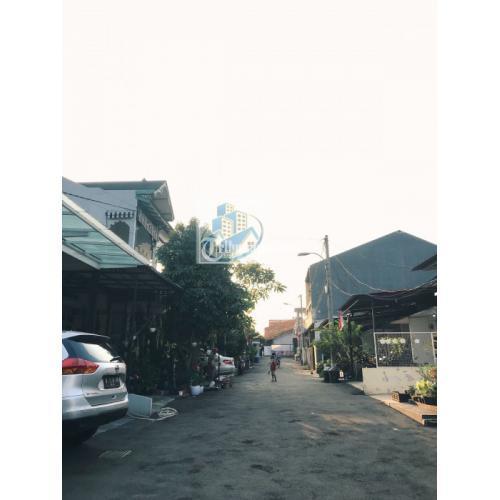 Dijual Rumah Terawat Siap Huni Dalam Komp Luas 110m di Lubang Buaya - Jaktim