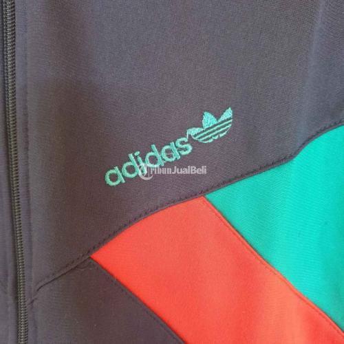 Jaket Adidas Tracktop Size L Second Like New Mulus Sudah Cuci - Semarang