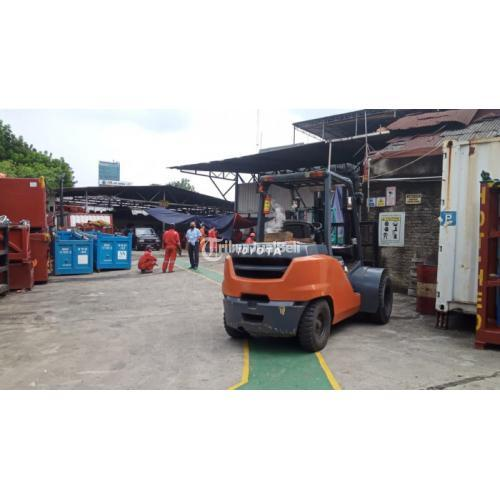 Jasa Sewa Rental Forklift Colodong, Gandul, Cinere, Pangkan Jati - Jakarta