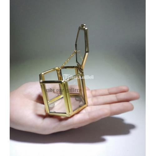 Terrarium Box Kotak Cincin Wedding Pernikahan Segi Enam Spesial - Jogja