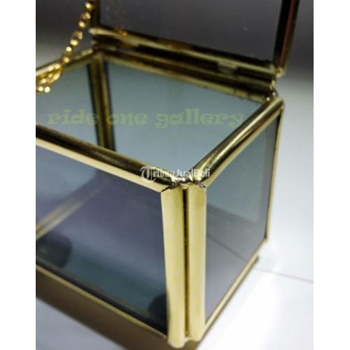 Terrarium Box Kotak Cincin Wedding Pernikahan Seserahan Side Kaca Hitam - Jogja