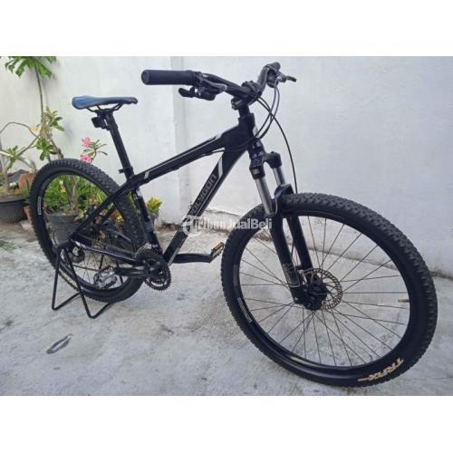 Sepeda MTB Polygon Xtrada 3 Size S Bekas Mulus Nominus Normal - Jogja