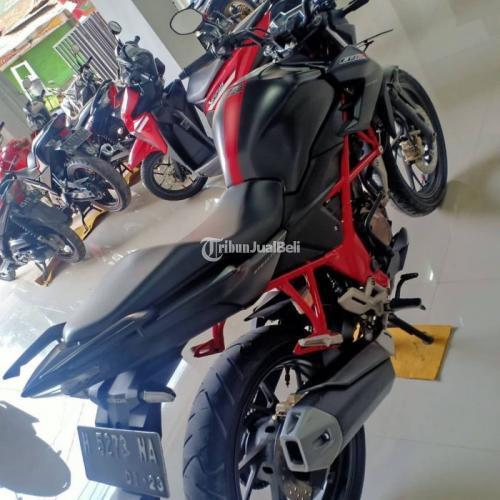 Motor Honda CB 150R Street Fire 2017 Bekas Surat Lengkap Pajak Jalan - Semarang