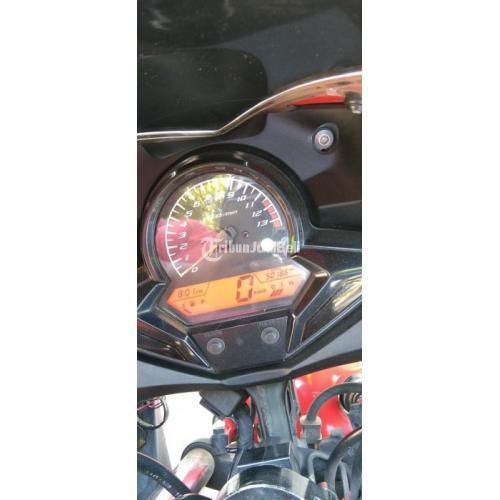 Motor Honda CBR 2015 Merah Mesin Normal Orisinil Bekas Terawat - Surabaya