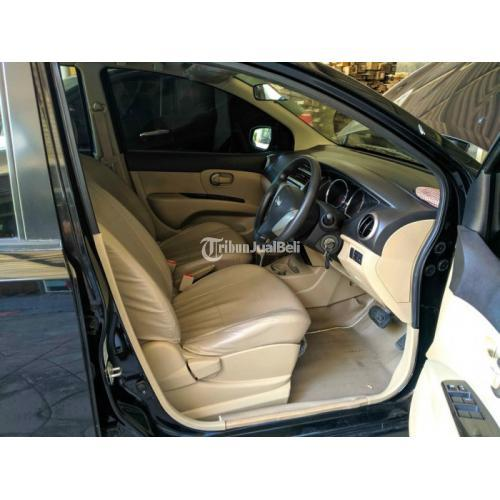 Mobil Nissan Grand Livina 1.5 XV AT 2017 Bekas Terawat Surat Lengkap - Surabaya