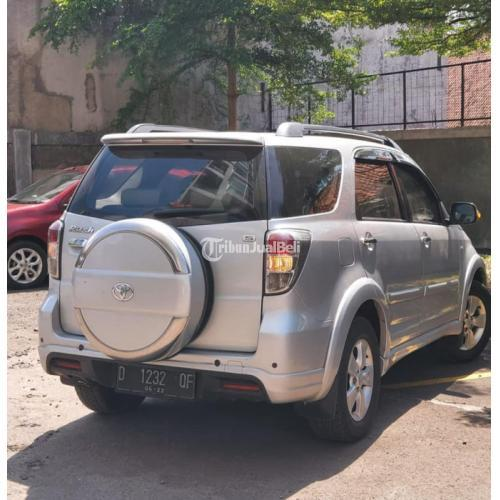 Mobil SUV Toyota Rush S Manula 2012 Bekas Pajak On Interior Bersih - Bandung