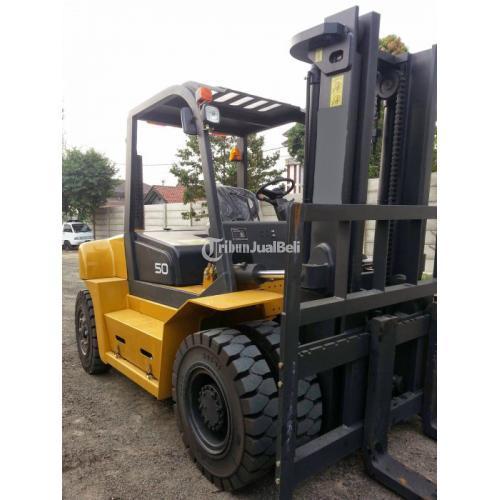 Sewa/ Rental Forklift PONDOK INDAH, KEBAYORAN LAMA, KEBAYORAN BARU - Jakarta Selatan