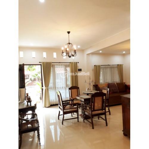 Dijual Rumah Mewah 2 Lantai Srondol Bumi Indah LT.250m2 Harga Nego - Semarang