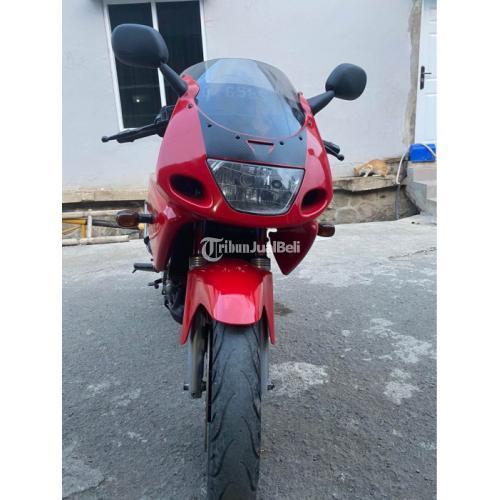 Motor Kawasaki Ninja RR 2010 Bekas Surat Lengkap Pajak Panjang - Bandung