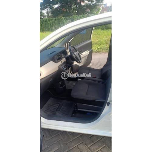 Mobil Daihatsu Sigra M Manual 2018 Bekas Tangan1 Surat Hidup - Sidoarjo
